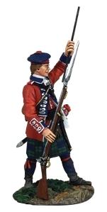 BRC16048 British 42nd Highlander Standing Ramming