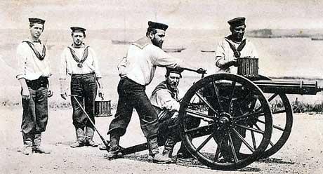 royal-navy-gatling